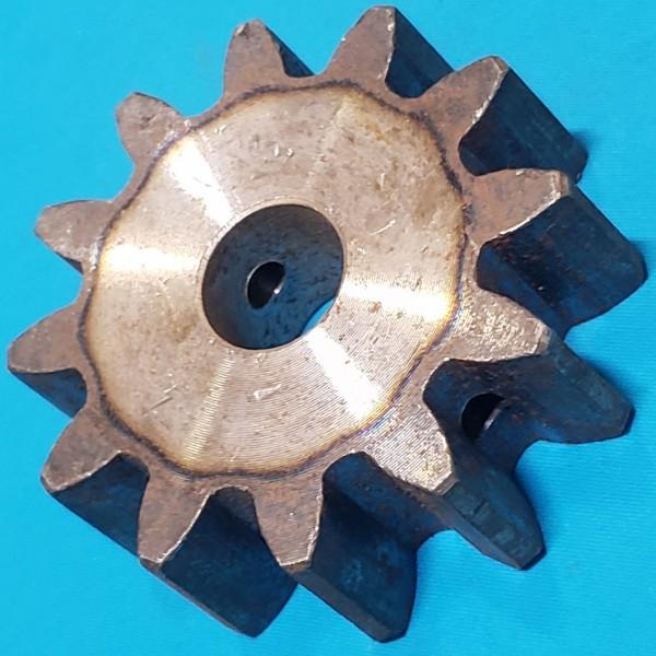 Шестерня для бетономішалки 17*68 h24 12 зубів