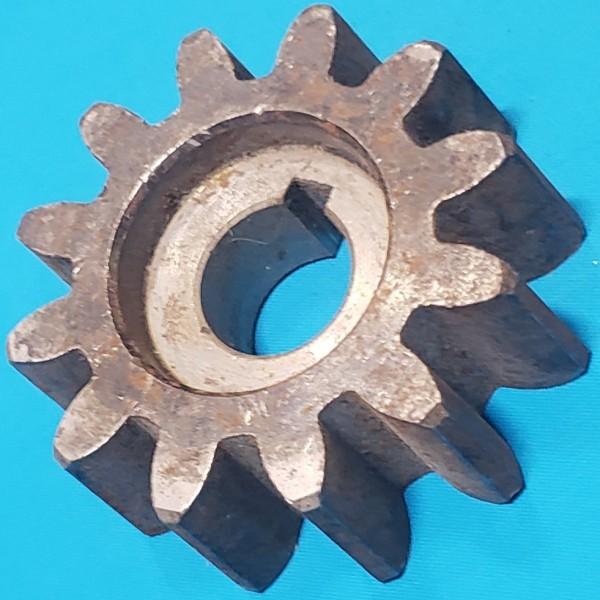 Шестерня для бетономішалки 20*69 h27 12 зубів
